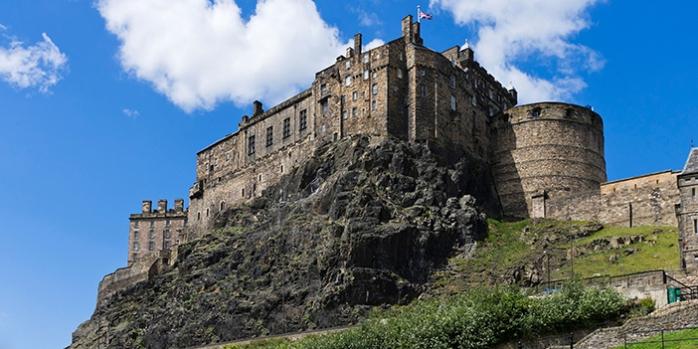 Edinburgh Castle with Viking Ocean Cruises